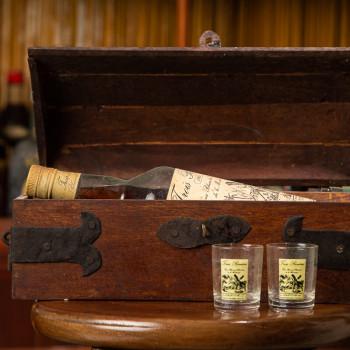 TROIS RIVIERES - Millésime 1964 - Rhum Vintage - 45° - 70cl et son coffret en bois